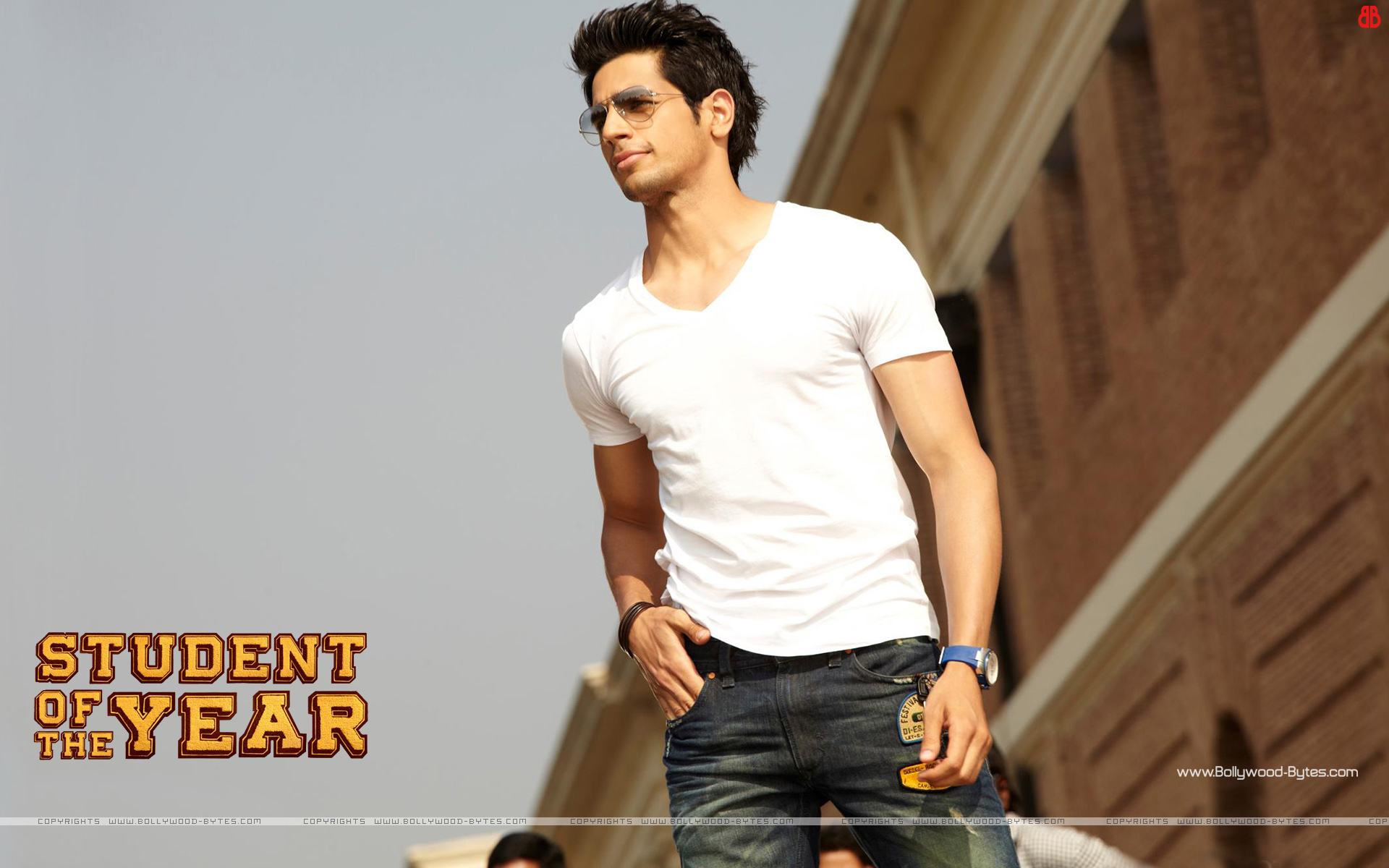 http://4.bp.blogspot.com/-wRSYHsEEmIg/UGtDFAjSD8I/AAAAAAAAQdc/RHzMKi656Lc/s1920/Student-Of-The-Year-+Hot-Sidharth-Malhotra-HD-Wallaper-34.jpg