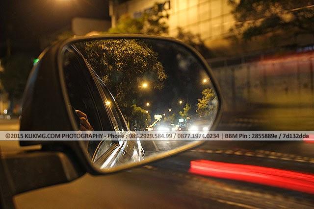 Lalu Lintas Jalan Raya dari sebuah Kaca Spion - Foto oleh KLIKMG Fotografer Purwokerto