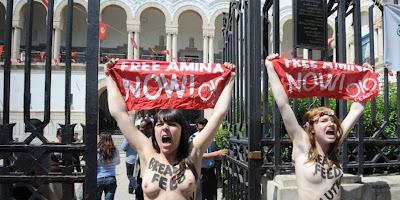 Tunisie : le procès des trois Femen européennes a commencé