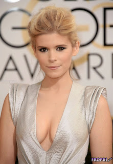 Kate Mara exposing her golden globes braless hot cleavages at  Golden Globe 2014 Awards