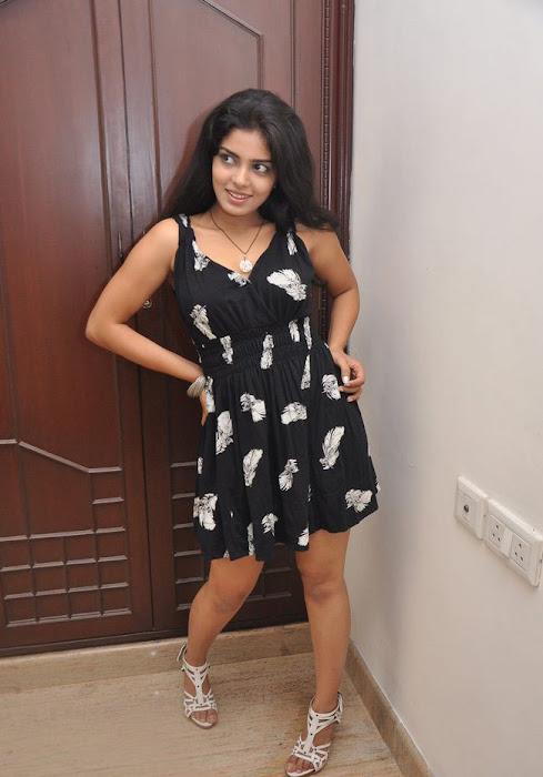 janavi new actress pics