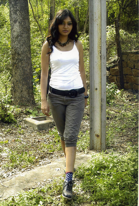 pooja sahu from daiyyam undha movie, pooja actress pics