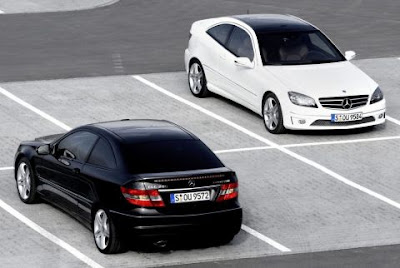 black and white Mercedes-Benz CLC200 Wallpaper