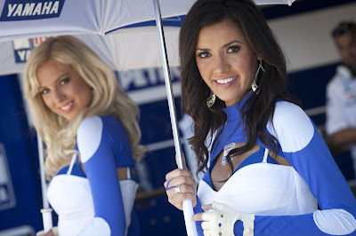 Umbrella Girl MotoGP