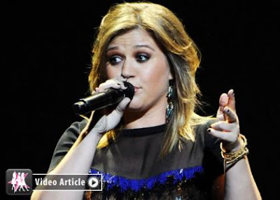 Celebrity Gossip Kelly Clarkson Stalking Fellow Songstress Adele