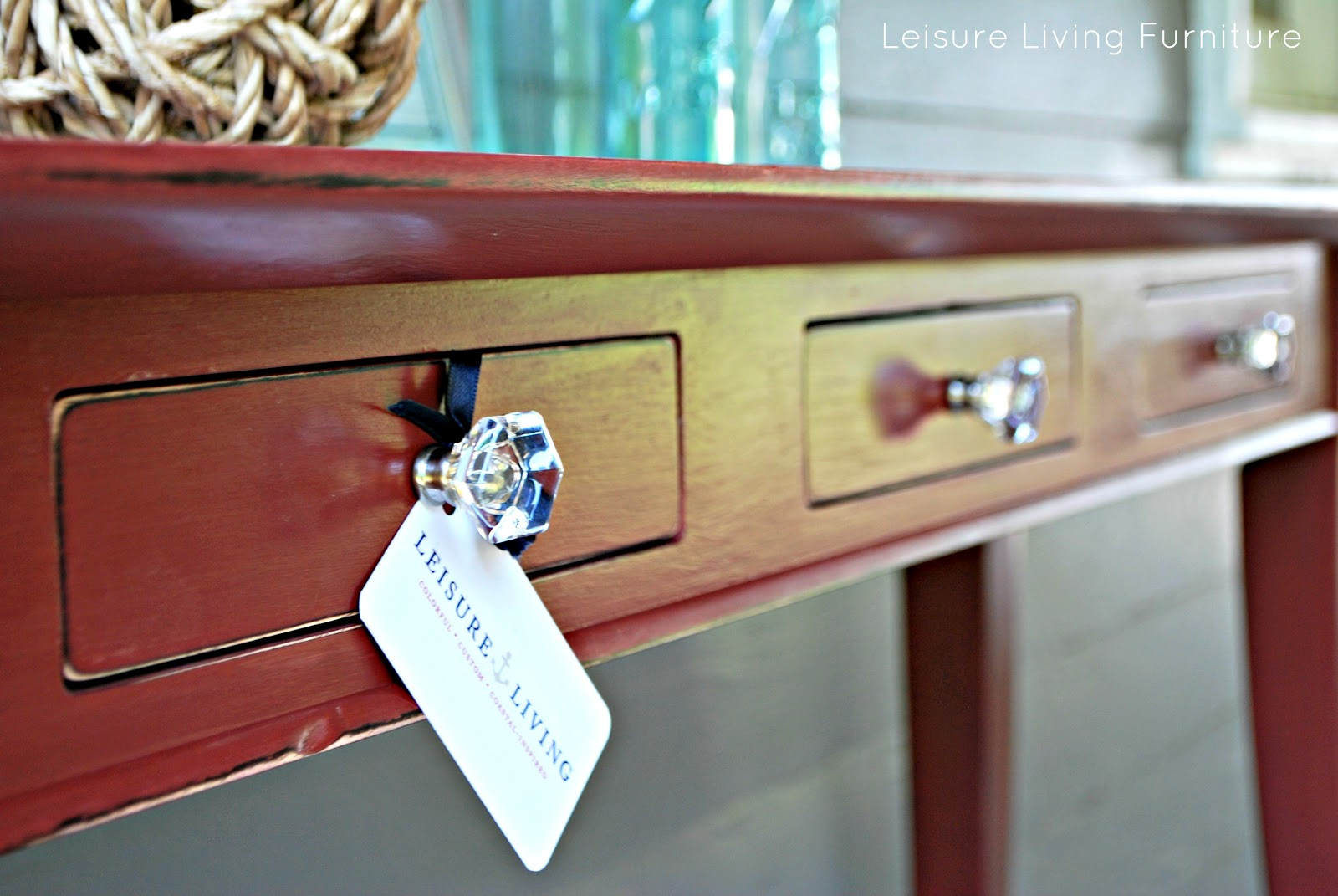 Leisure Living: Primer Red Sofa Table