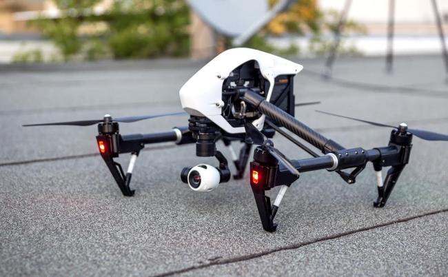 dronă dji-inspire