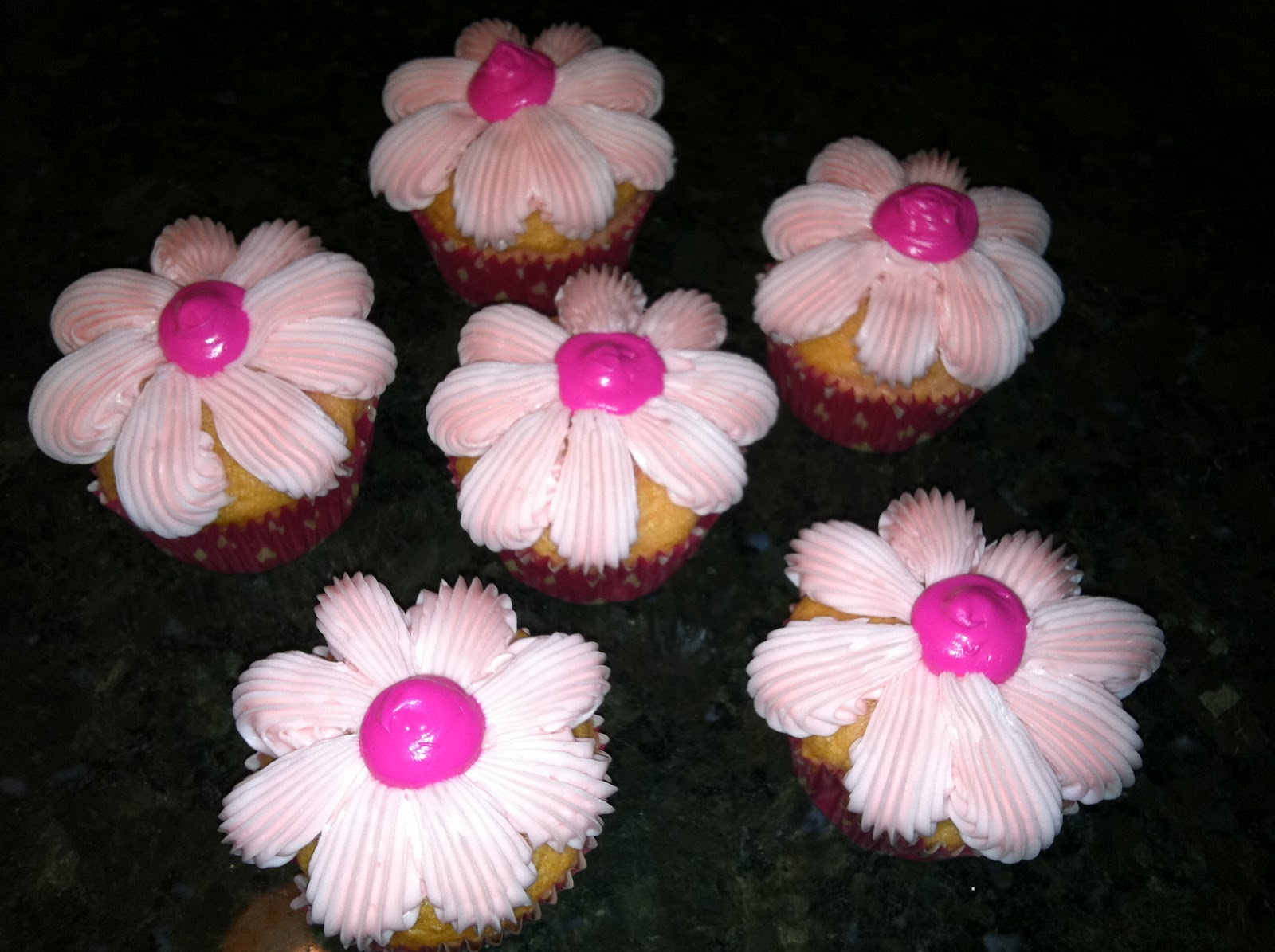 The Iced Queen Star Tip Flower Cupcakes