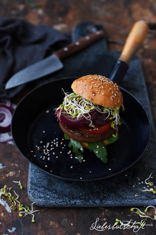 Vegane + vegetarische Burger - Rezepte.