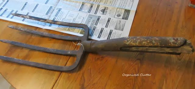 Garden Fork www.organizedclutterqueen.blogspot.com