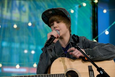 Justin Bieber on Justin Bieber  Justin  Bieber Haircut  Justin Bieber Haircut  Justin