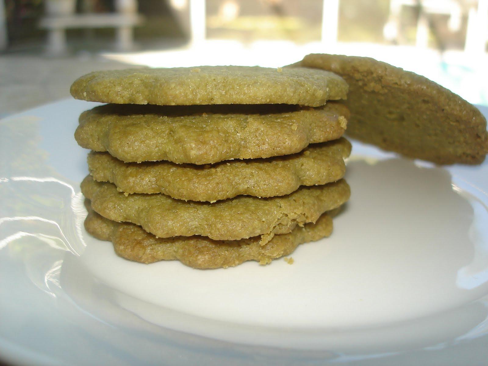 The Tiny Skillet: Matcha (Green tea) Shortbread Cookies