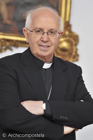 Nos visita el Sr. Arzobispo