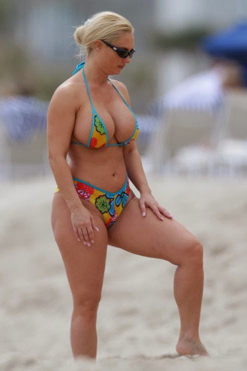 Coco Austin - Glamour Model