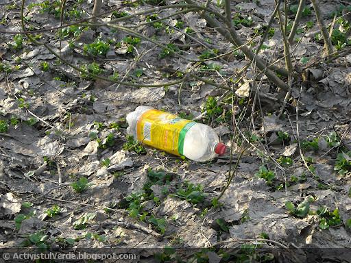 Primăvara de plastic...