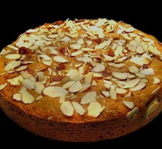Bademli kek, Badem, Pasta