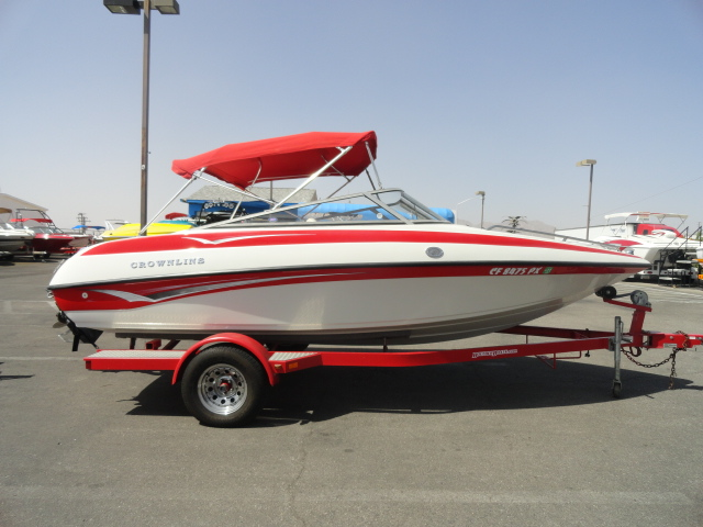 2002 Crownline 180! Super Clean with Low Hours! Will sell quick!