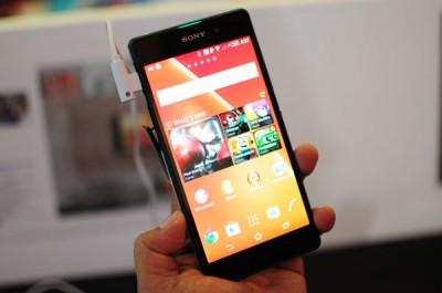 Sony Xperia Z2, 5 Smartphone Serta 2 Weareble Device Sony Resmi Meluncur di Indonesia