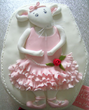 Birthday Cake: Angelina Ballerina Cake