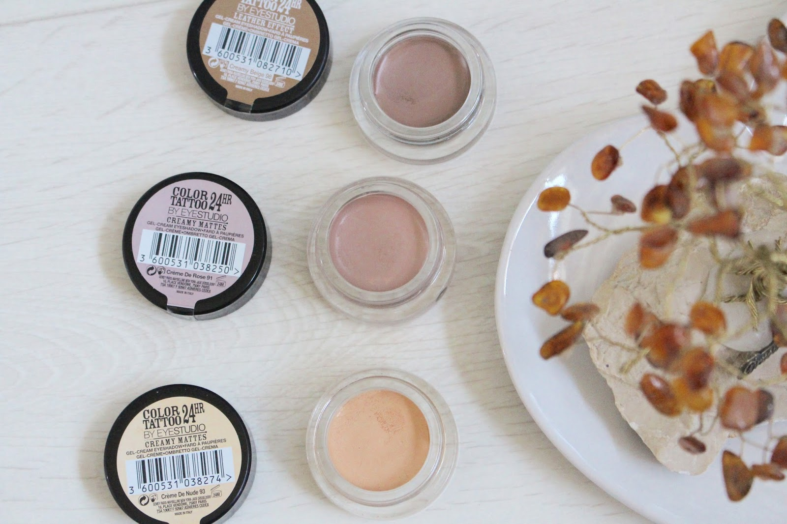 Affordable eyeshadow base new maybelline color tattoos for Maybelline color tattoo creme de nude