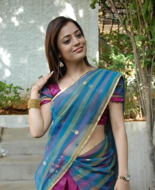 South Indian Actress Nisha Agarwal Looking Cute in Saree Stills