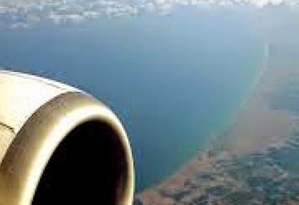 Απίστευτη φωτογραφία με παράλληλη προσγείωση δύο αεροπλάνων!
