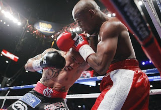 Cotto Defeated agians Mayweather  unanimous decision