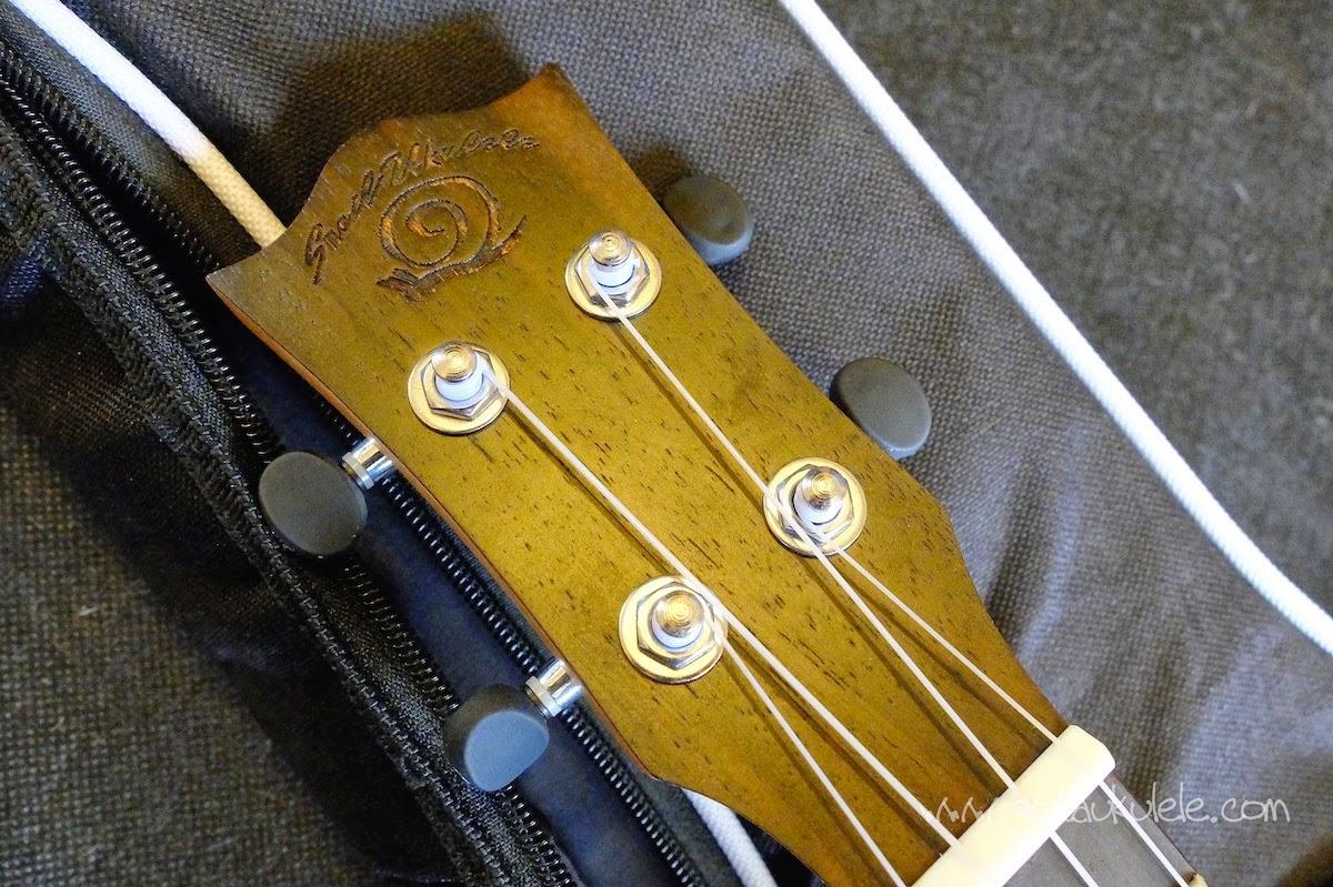 Snail UKS-220 Rosewood Soprano ukulele headstock