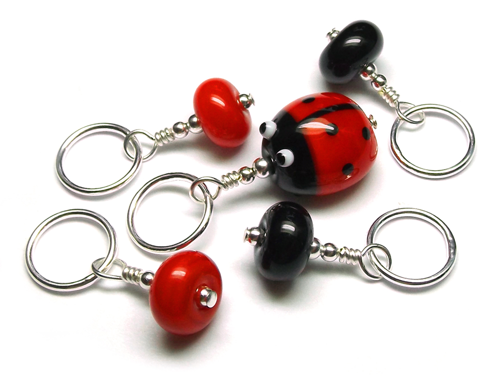 Lampwork glass ladybird (ladybug) bead stitch marker set by Laura Sparling
