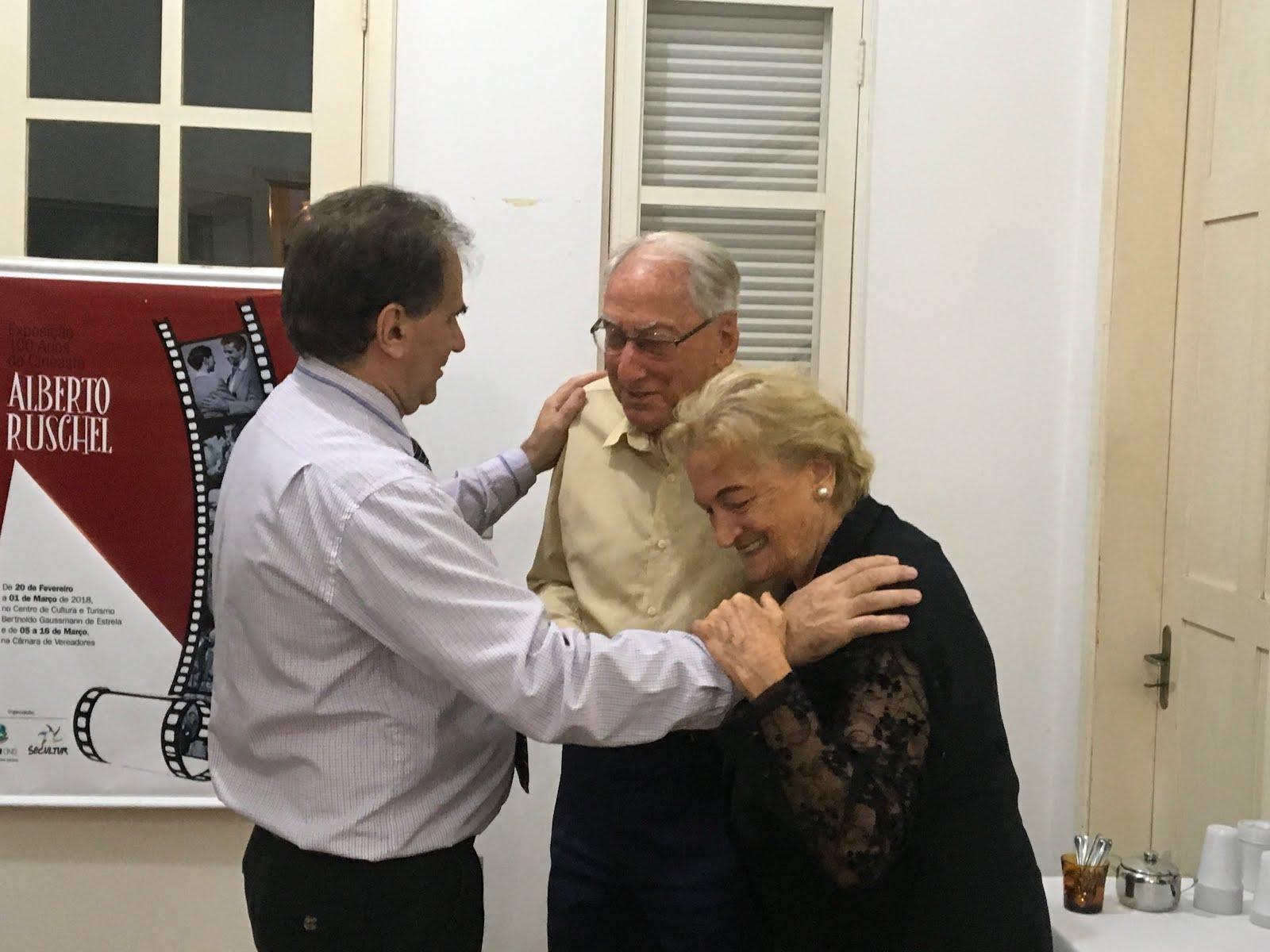 Airton Engster dos Santos com Dona Gisela Schinke e Dr. Werner Schinke