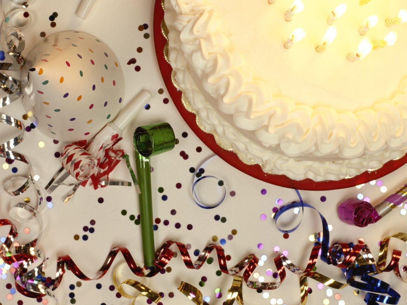 http://4.bp.blogspot.com/-wVTgtb8iAuA/UGyF61rAypI/AAAAAAAAAkQ/GmrMu5F7Yck/s1600/Birthday+Wishes-3.jpg