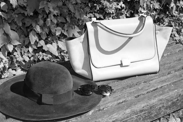 Schwarz-weiß, Schlapphut, Trapeztasche, Sonnenbrille