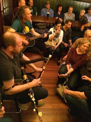 Chuck and Lori's Travel Blog - Irish Musical Pub Crawl, Dublin