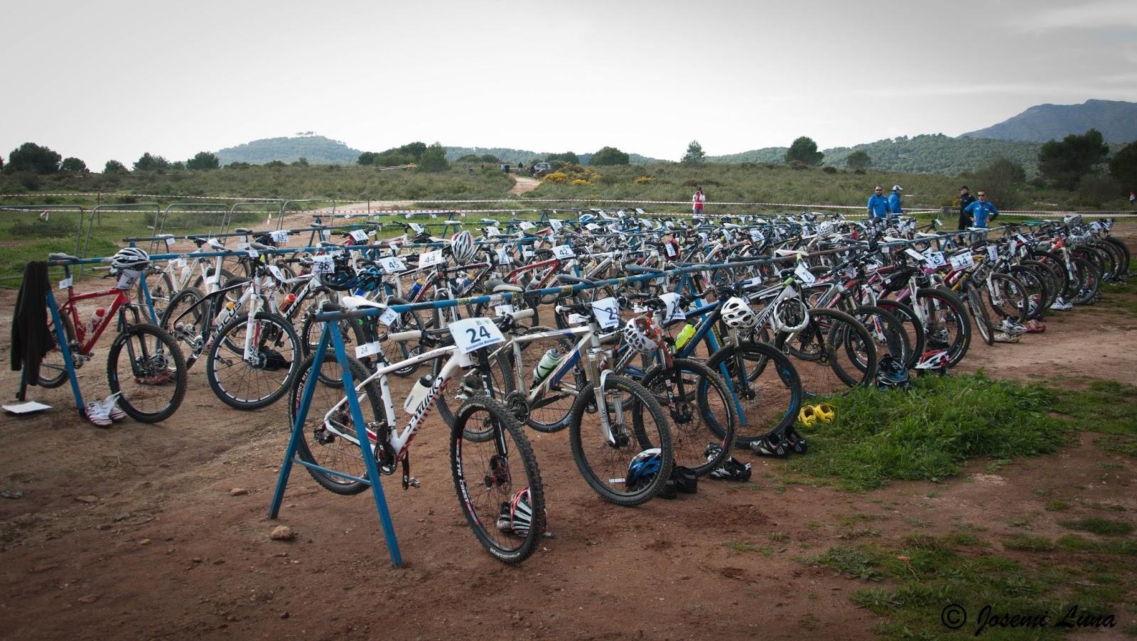 La caseta del guarda desde mi objetivo v duathlon cross for Caseta guarda bicicletas
