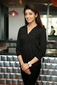 Pranitha latest dazzling photos-thumbnail-5