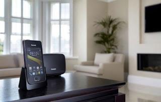 Panasonic KX-PRX120, Telepon Rumah Berbasis Android