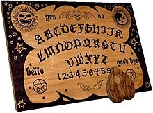 Alice Cooper naam idee - English_ouija_board