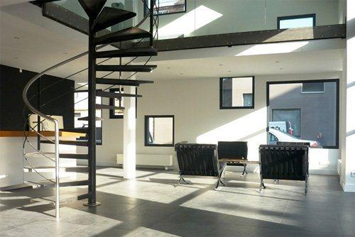 Blog decora o escadas interiores - Escaleras de caracol minimalistas ...