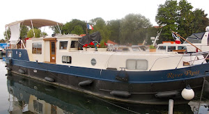 The RIVER PIPIT, in Toul, Fr.  Bill and Gen wintered in Paris, & are cruising the Moselle.