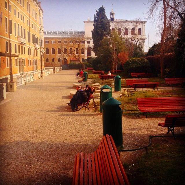 Venise c t jardin la restauration des 39 giardini reali 39 for Giardini a venise