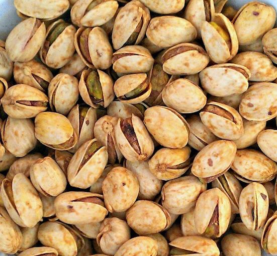 nuts pistachios