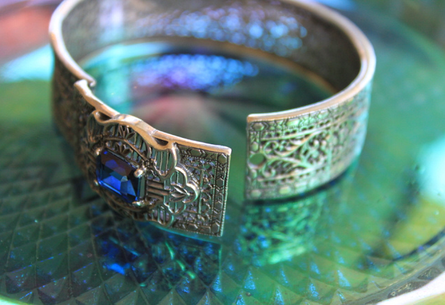 Art Deco Bangle Bracelet #deco #1920s #jewelry