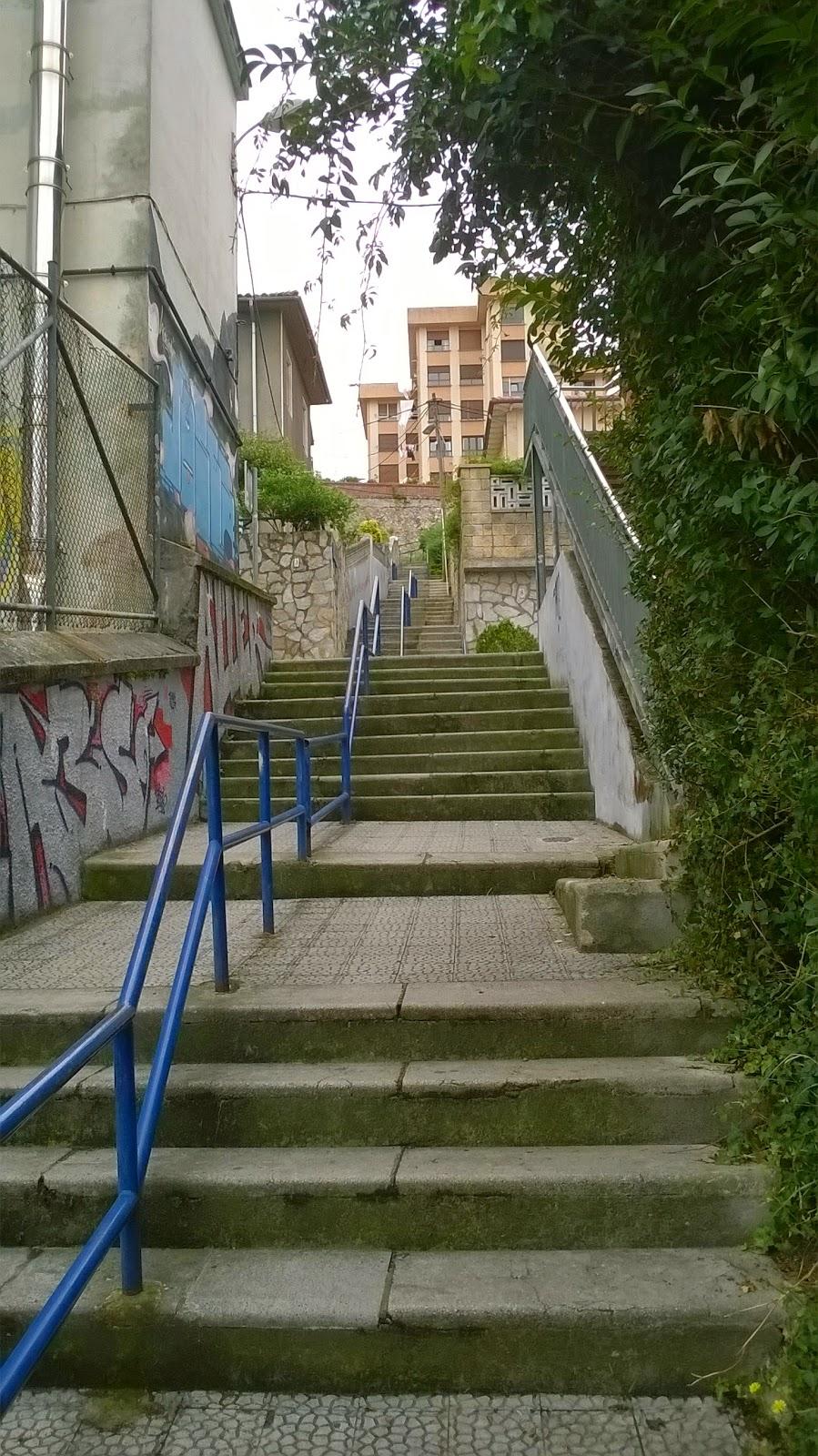 Escenas de santander escaleras al cielo iii for Escaleras villar