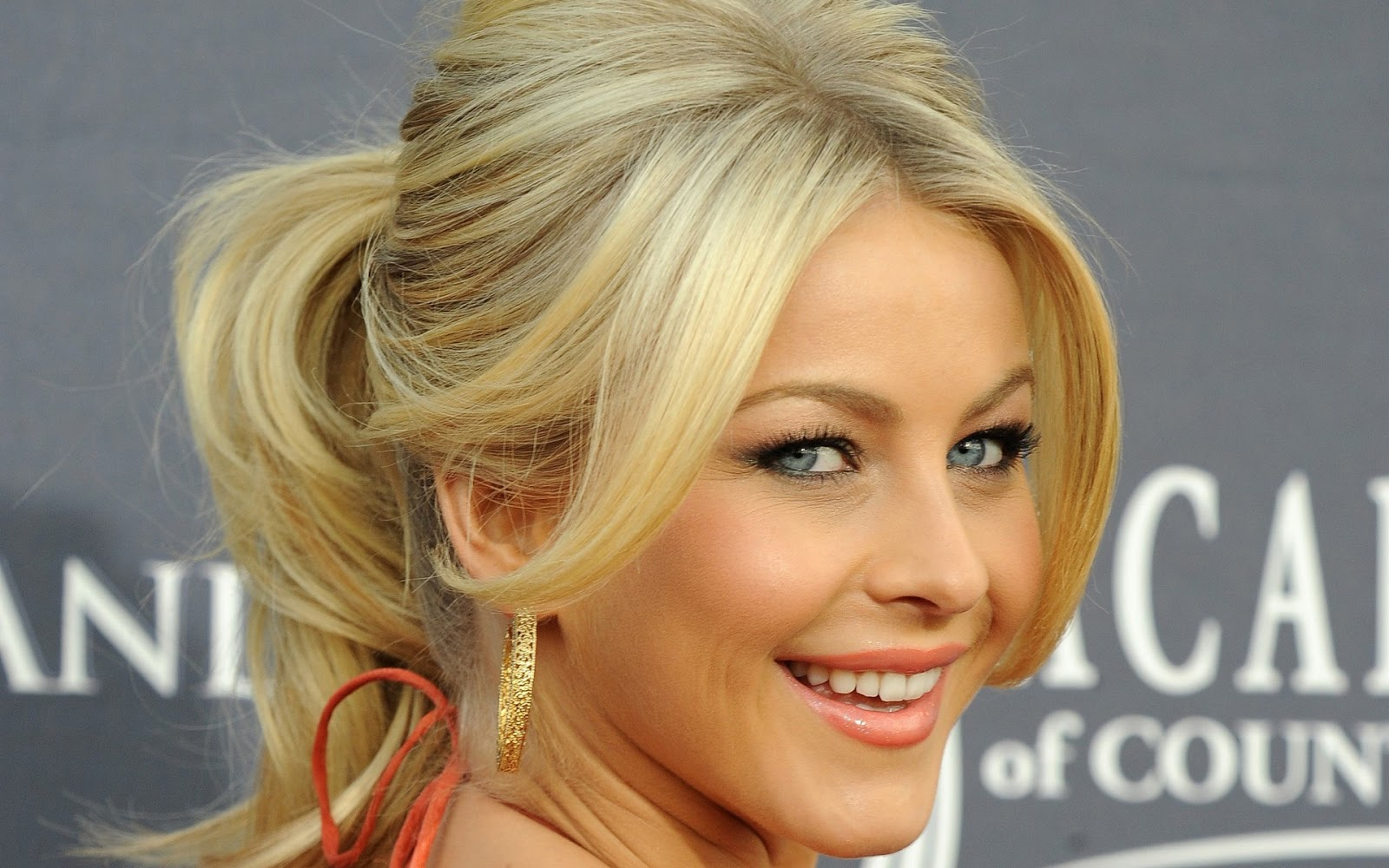 ... Julianne Hough cute style, Julianne Hough beautiful pictures, Julianne