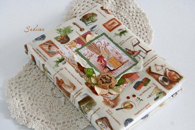 Кулинарная книга ручной работы, книга для записи кулинарных рецептов, блокнот для рецептов домашней кухни, ручная работа, своими руками, hand made, что подарить девушке, что преподнести женщине, лучший подарок на Новый год и день рожденья