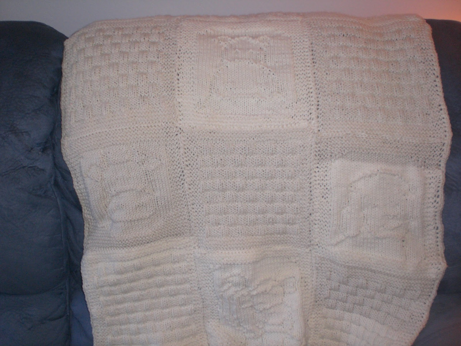 Luvsknitting: New Baby Blanket with Animals & Basketweave