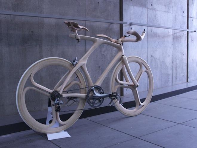 bicicletas esculpida en madera Yojiro Oshima japon