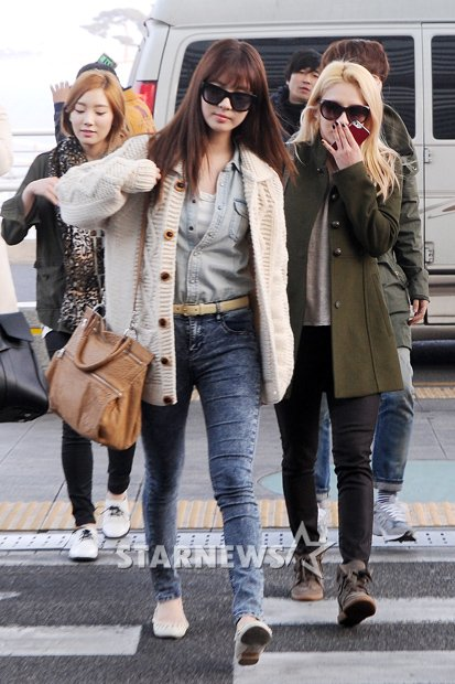 130308 SNSD at Incheon Airport Heading to Japan