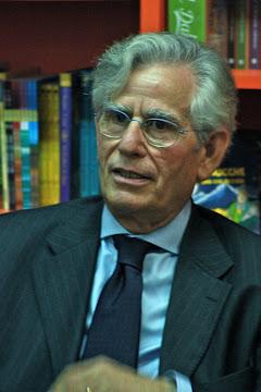 Alla Libreria Mondadori - 2010