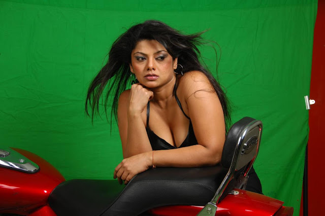 swathi varma milky in shoot hot photoshoot